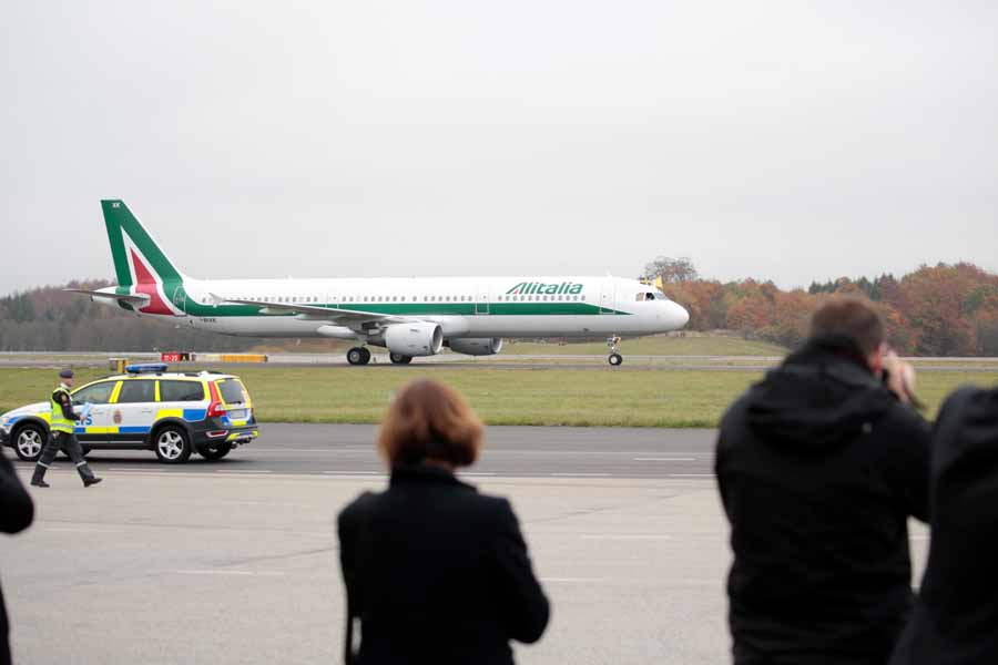 Pope Francis arrives to Sweden