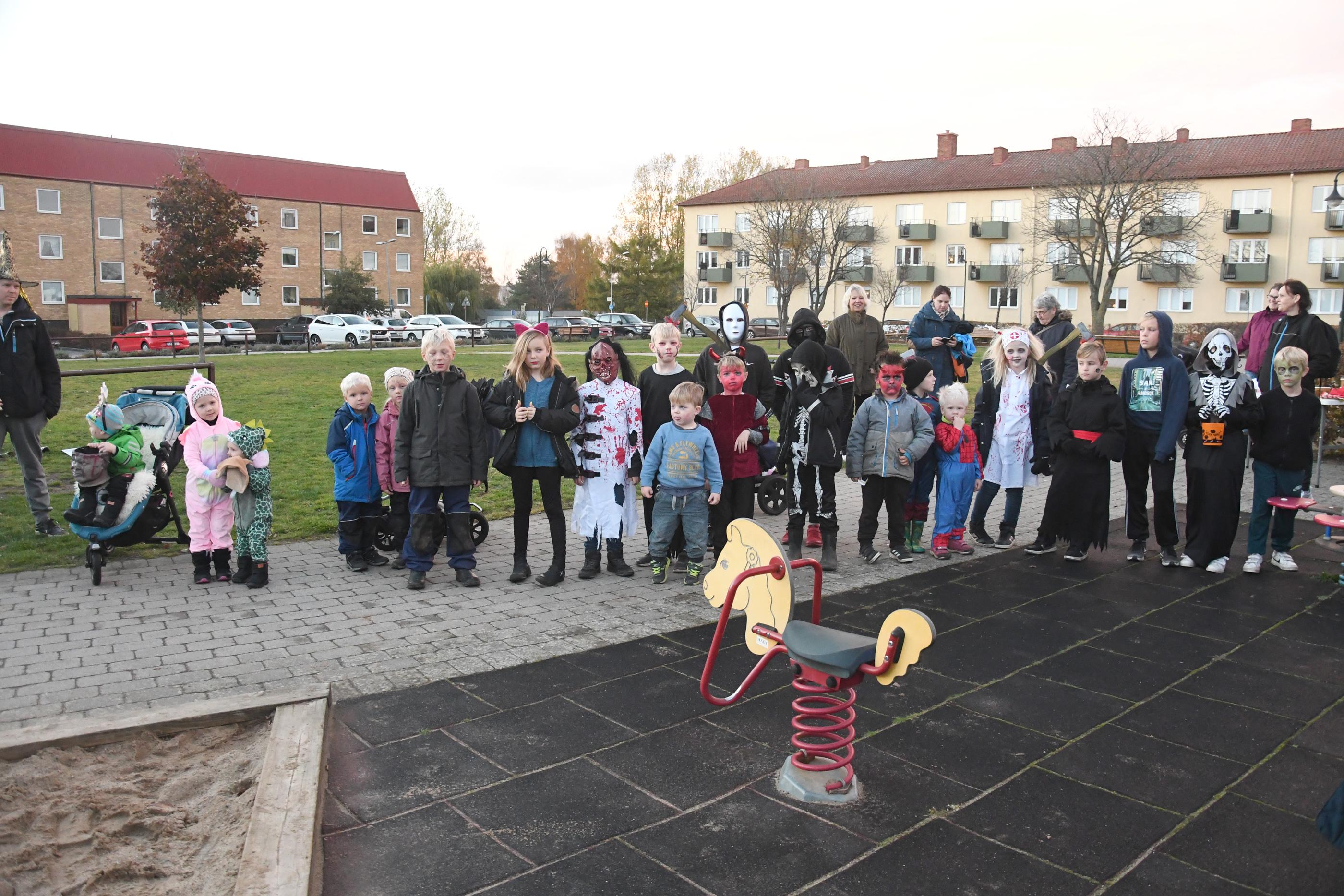 Halloweenparad i Sjöbo