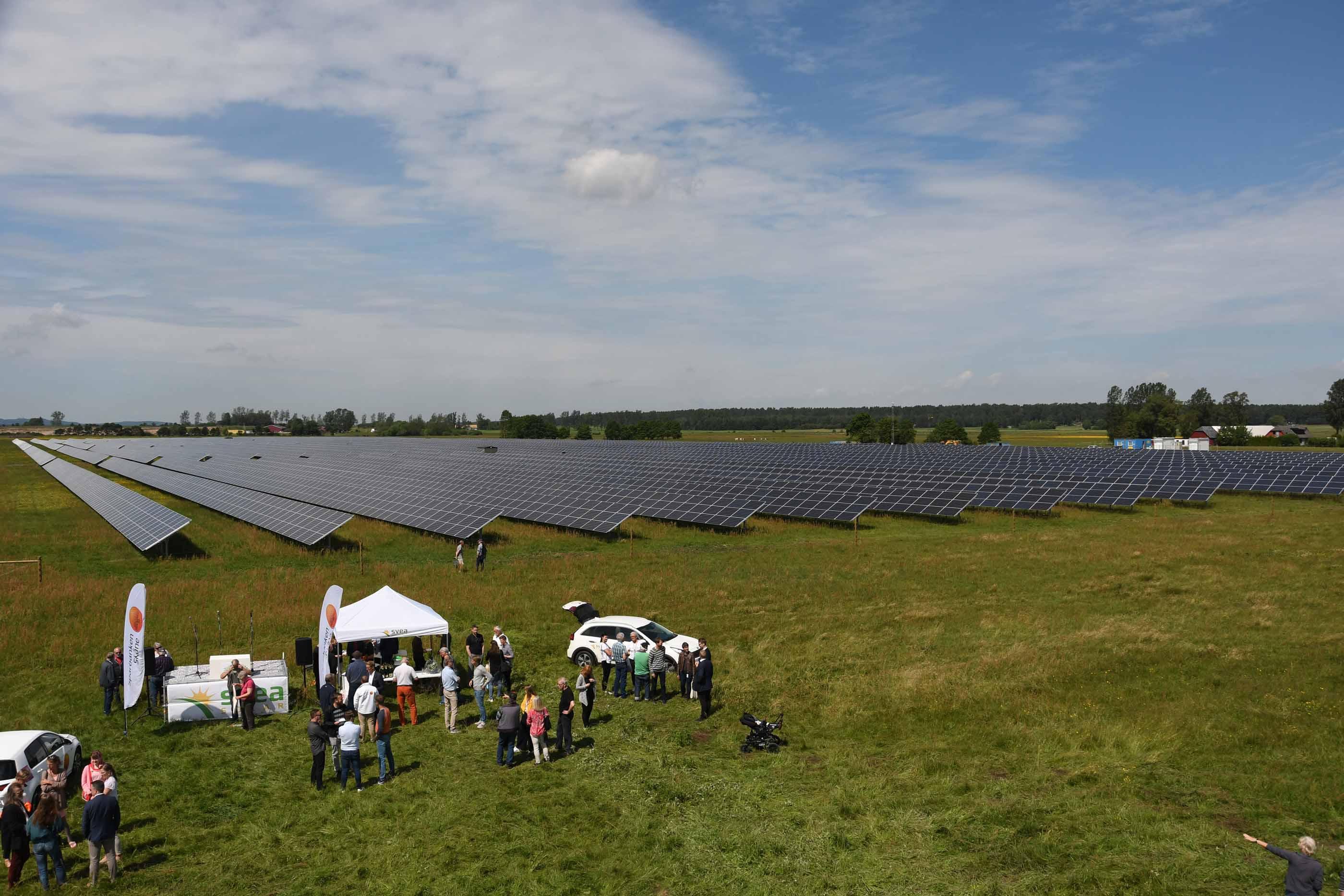 Sveriges största solcellspark invigd i Sjöbo