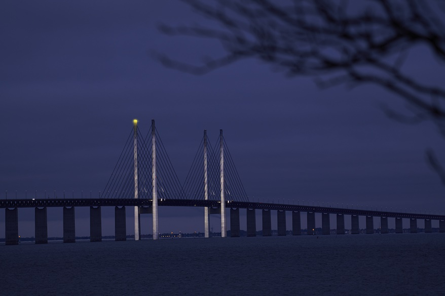 Adventsljusen på Øresundsbron tänds och förnyas